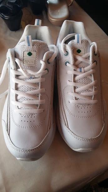 green cross sneakers cheap online
