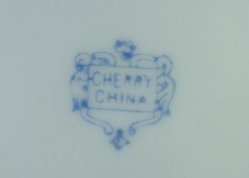 Oriental Porcelain - REDUCED JAPANESE MORIAGE DRAGONWARE TEA