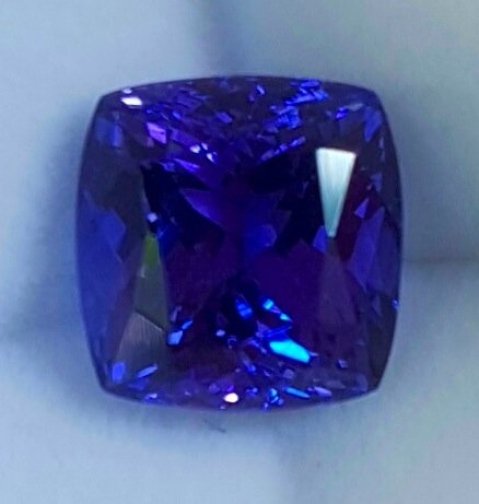 carat shape gemstone sku violet gemstones tanzanite heart