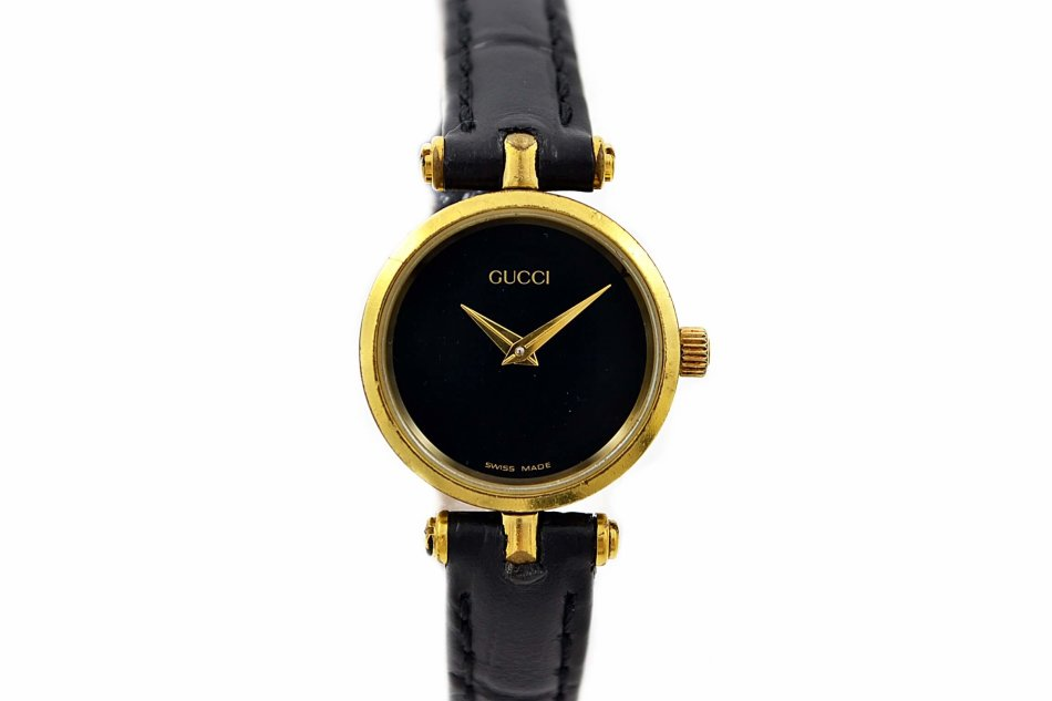 f5e7418fe65 Rare   Collectible Watches - Vintage Gucci 2000L Gold Plated Ladies ...