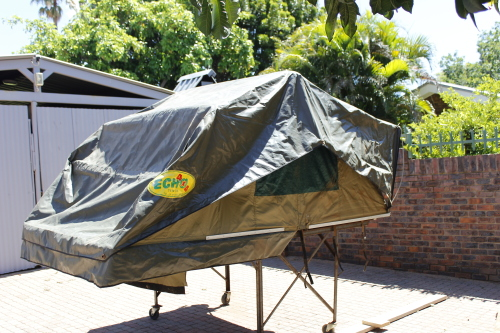 Echo 4x4 Rooftop Tent - 3 Person & Tents - Echo 4x4 Rooftop Tent - 3 Person was sold for R6000.00 on ...