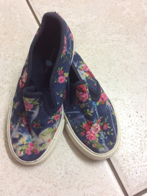 great prices reasonably priced wholesale dealer Girls WOOLWORTHS FLORAL Slip on Sneaker