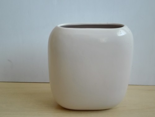 Vases Cream Ceramic Vase Was Listed For R12000 On 11 Aug At 2131