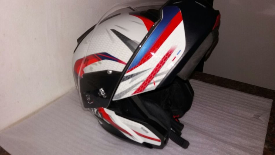 9df1b5cb Helmets - BMW System 7 Carbon Helmet was listed for R6,999.00 on 1 ...