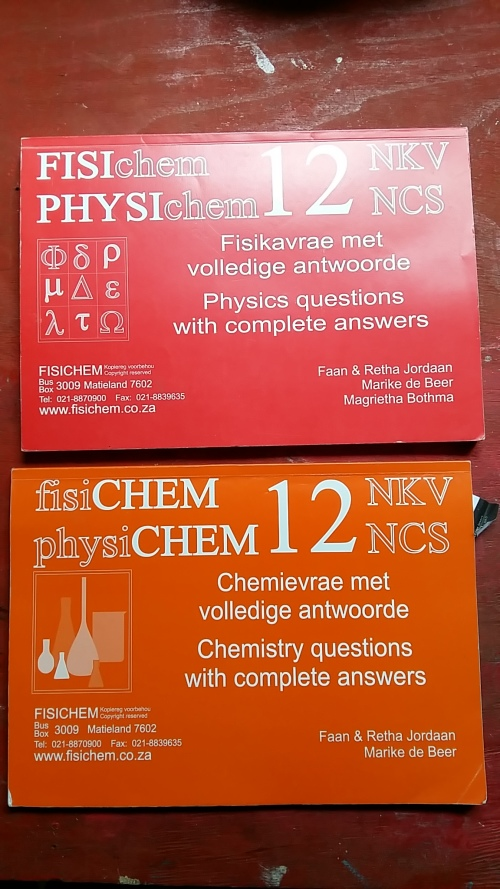 2 WORKBOOKS FOR PHYSICS AND CHEMISTRY GRADE 12 : GREAT ADDITIONAL WORKBOOKS  FOR YOUR CHILD IN MATRIC