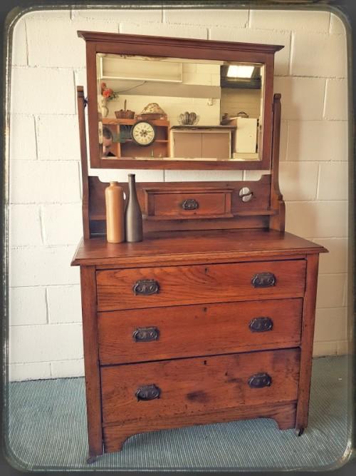 Dressers Beautiful Antique Solid Oak 4 Drawer Dresser W