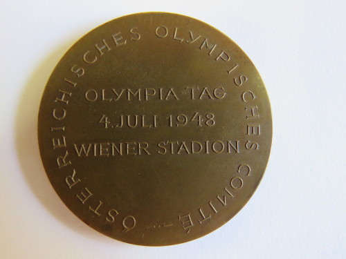 Medallion issued by the Austrian Olympic Committee - Olympic day 4/7/1948 - Wiener Stadion
