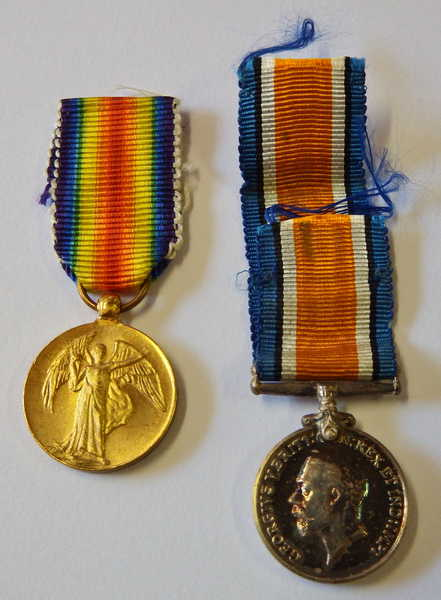 WW1 War & Victory medal miniatures