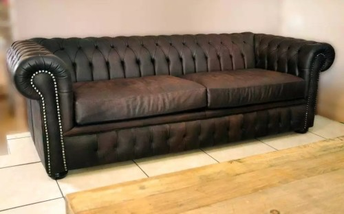 Couches Amp Chairs Couch Chesterfield 3 Seater For Sale In