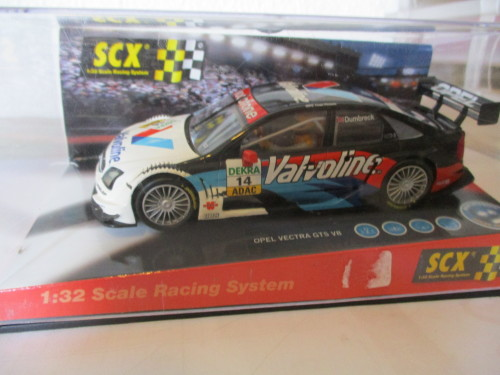 1/32 SCALE SCX SLOT CAR OPEL VECTRA GTS V8