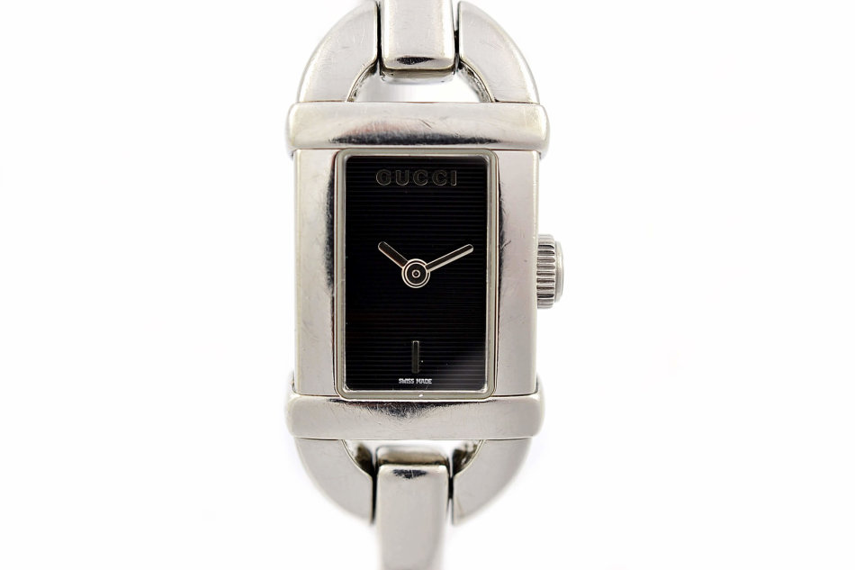 f22a7e04ab7 Rare   Collectible Watches - Vintage Gucci 6800L Stainless Steel ...