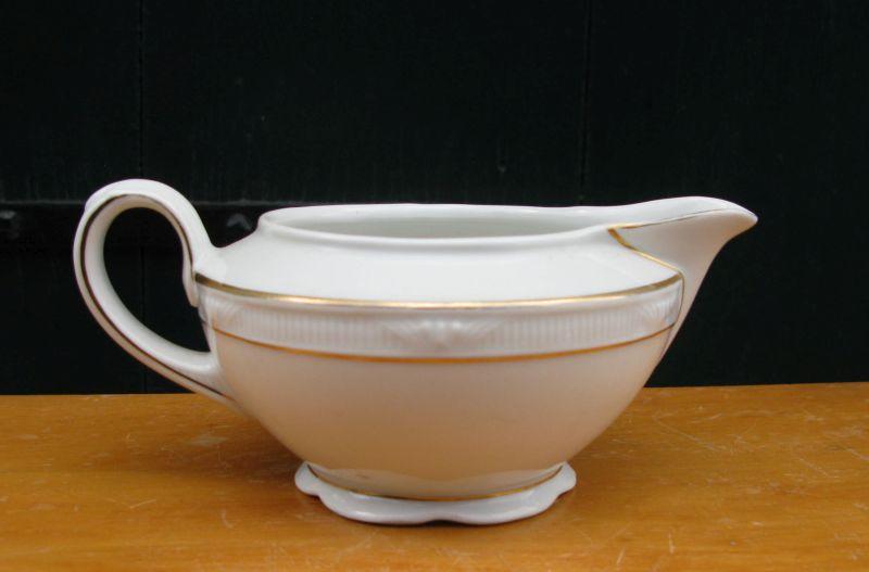 German Porcelain - A VINTAGE GERMAN PORCELAIN SAUCE BOAT