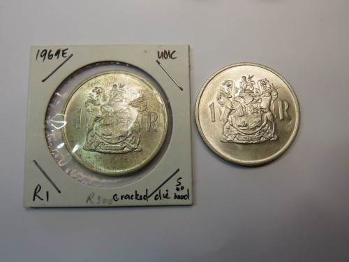 """Two RSA 1969 UNC English R1 coins - Both with die cracked """"S"""" to head"""