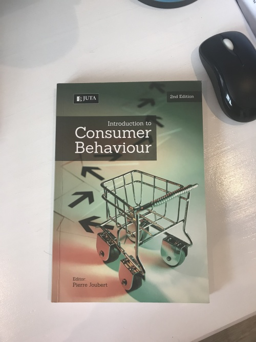 introduction to consumer behavior The field of consumer behavior has traditionally borrowed from the behavioral sciences--particularly cognitive psychology--in developing models of consumer decision processes however, the dominant models of cognitive psychology do not seem to be appropriate for explaining low involvement consumer.