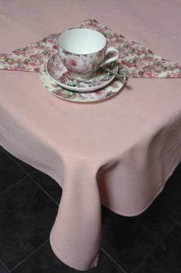 Tablecloths Amp Runners Small Pink Vintage Linen