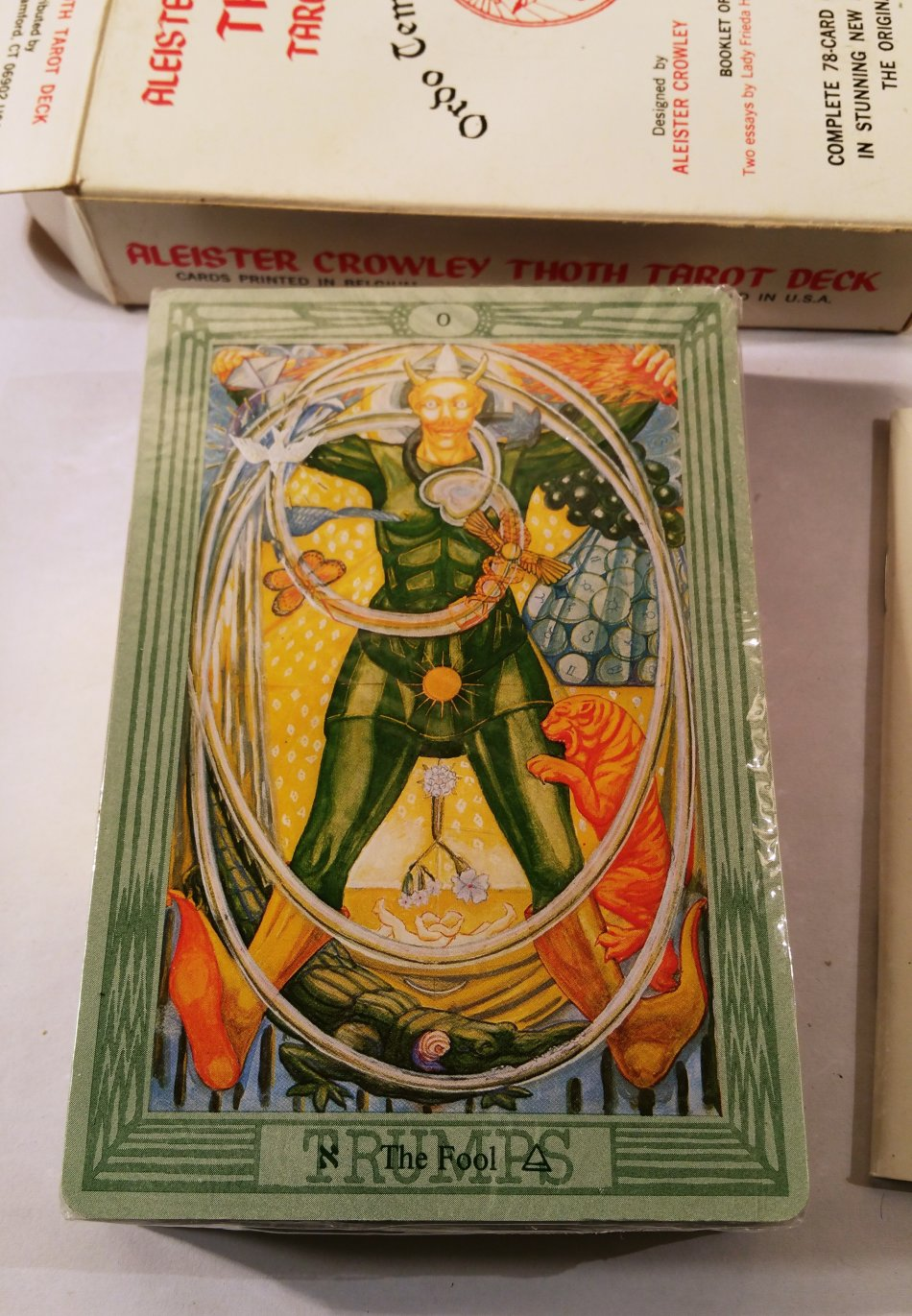 Books, Cards & Calendars - ALEISTER CROWLEY THOTH TAROT DECK