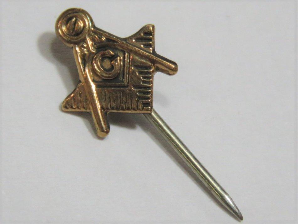 9kt Gold Masonic stick pin - Weighs 0.4 grams