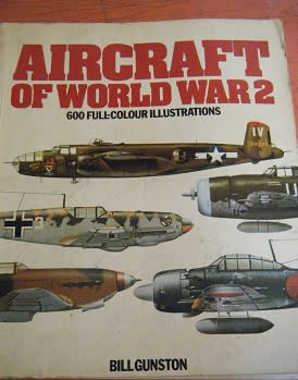 aircraft of world war 2-600 full color -GOOD CONDITION