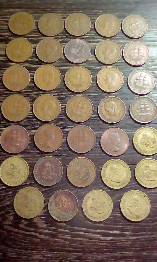 34 x South African Penny / 1d / 1c Coins circa 1929 - 1962 (sold as a lot)