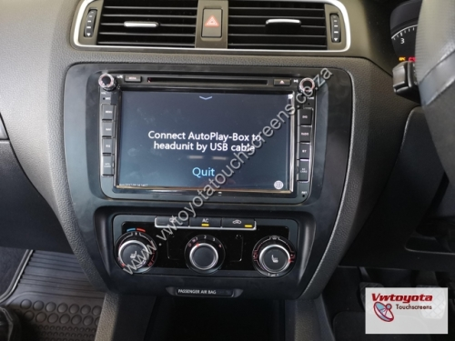 In-Car Entertainment - VW JETTA 6 GPS DVD 8 inch Navigation