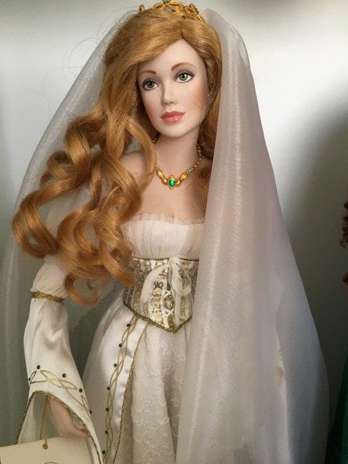 Franklin Mint Colleen Irish Bride Collectible Porcelain Doll
