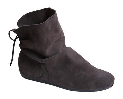 When It Comes To Suede Shoes Prevention Is Better Than Cure Use Protective Spray Before You Wear Them This Protects The From Water Mud